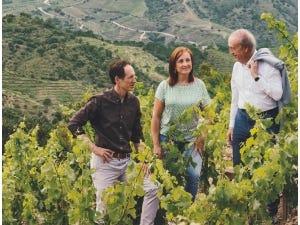 La famille Torres dans ses vignes.