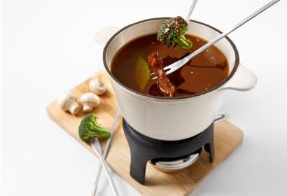 Bouillon pour fondue chinoise Image