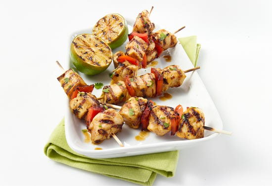 Chicken skewers with tequila and lime