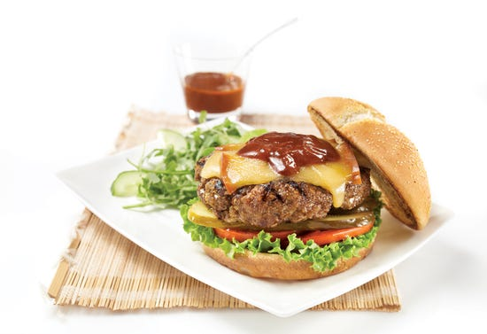 Burgers with BBQ sauce and smoked gouda