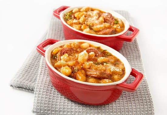 Mini casserole of quick cassoulet with game sausage