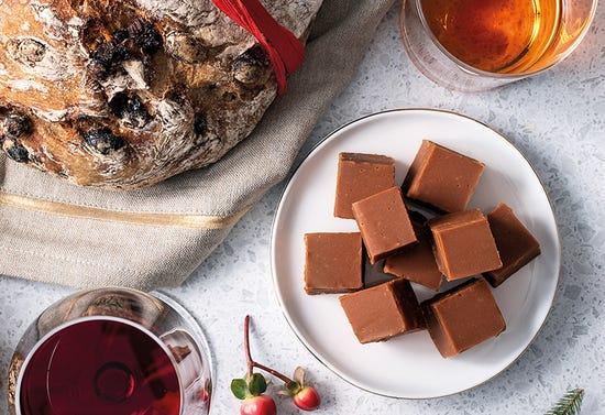 Caramel-bourbon fudge