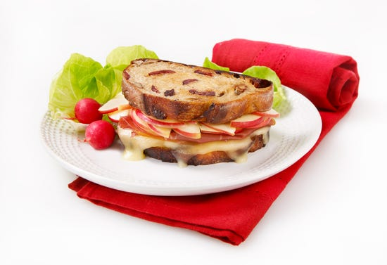 Grilled Cheese aux pommes et au fromage