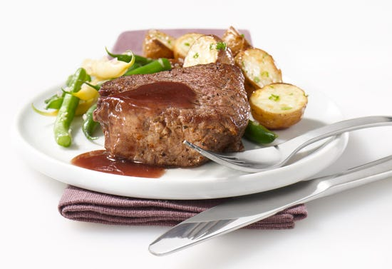 Venison medallion with red wine sauce