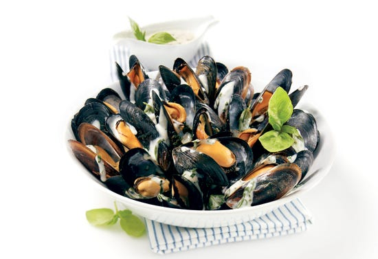 Mussels with pistou sauce