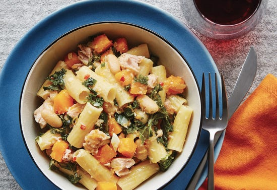 Kale and tuna pasta