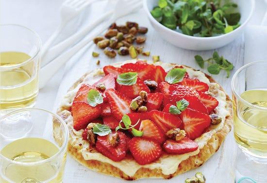 Pizza brunch au mascarpone et aux fraises