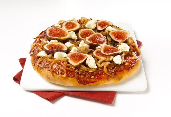 Fig, goat cheese, and caramelized onion pizza