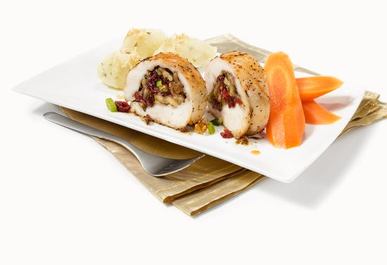 Turkey breast stuffed with cranberries, walnuts and Quebec cheese