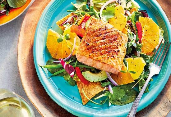 Californian salad with salmon