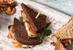 Sandwichs au saumon fumé, fromage à la crème au citron et herbes fraîches