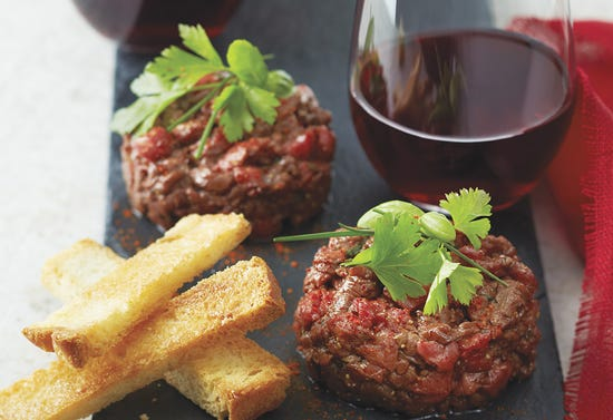 Beef tartare with cocoa and hot peppers