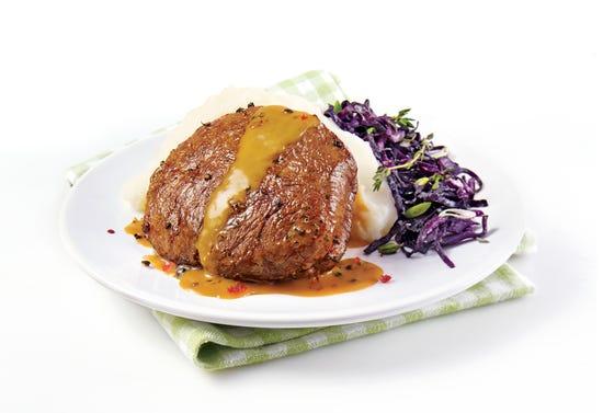 Tournedos d'autruche, sauce au poivre