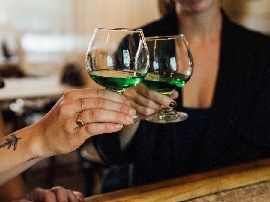 creme de menthe, cocktail, cheers