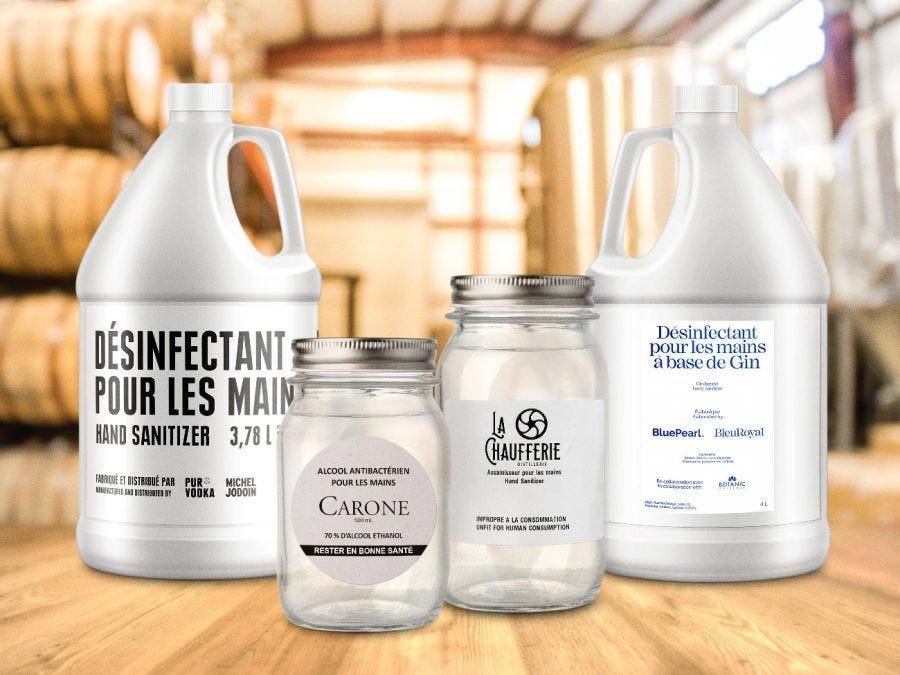 Différents formats de bouteilles de produits désinfectants