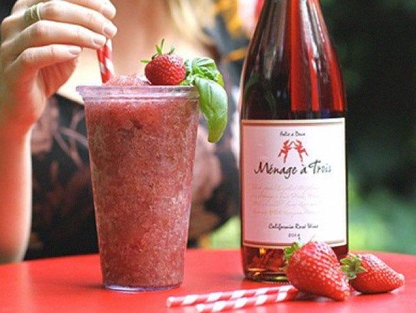 Slochetail – Fraises, basilic et vin rosé