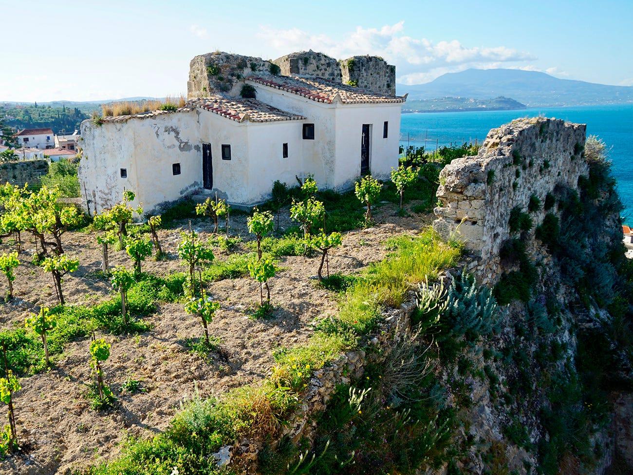 Maison blanche typique de la région du Péloponnèse